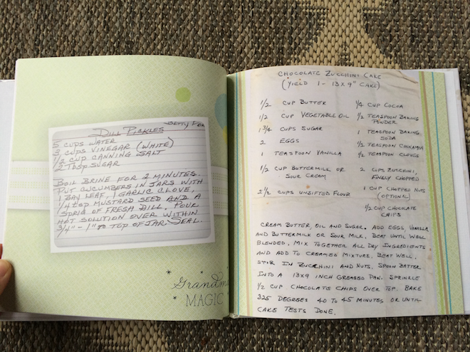 Handmade Holiday Gift Idea: Family Recipe Book | RachaelRoehmholdt.com