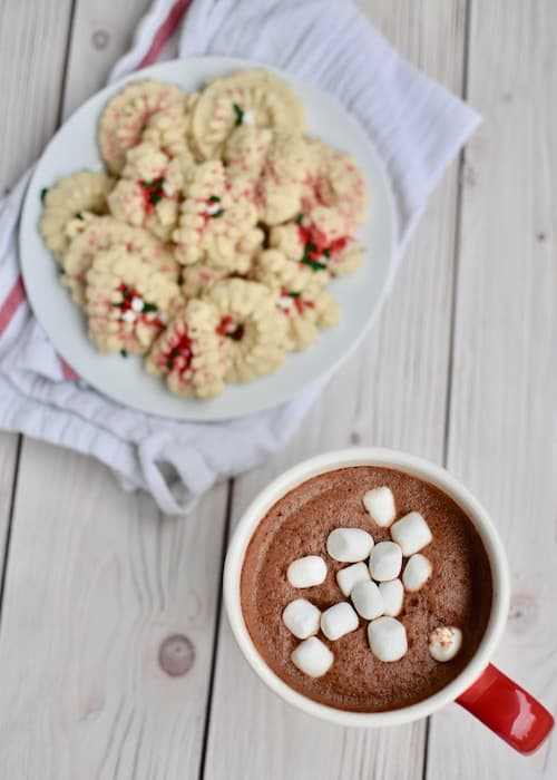 Dairy-free Peppermint Hot Chocolate