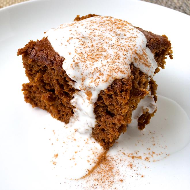 Healthier Classic Gingerbread | RachaelRoehmholdt.com