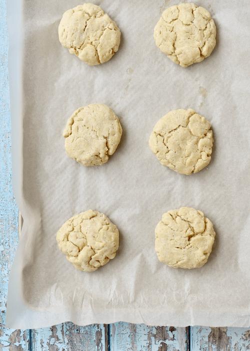 Gluten-free Biscuits: bake the biscuits