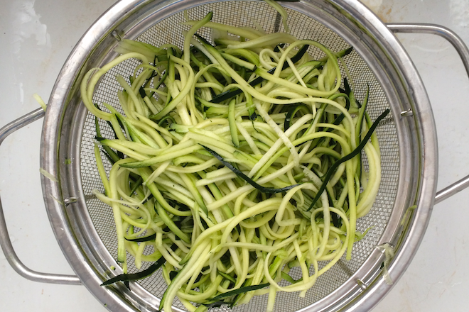 Quick & Clever Meal: Zoodles | RachaelRoehmholdt.com