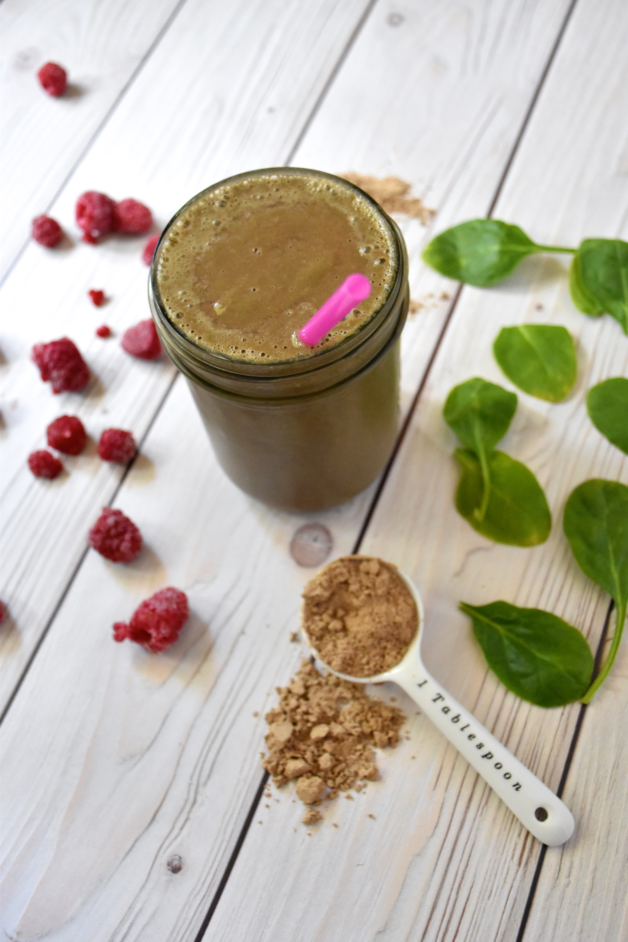 Top 5 Gluten-free Dairy-free Protein Powders plus a chocolate raspberry spinach protein powder smoothie recipe